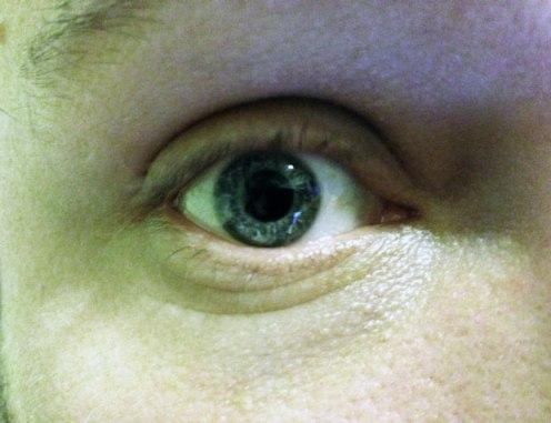mj-eye1