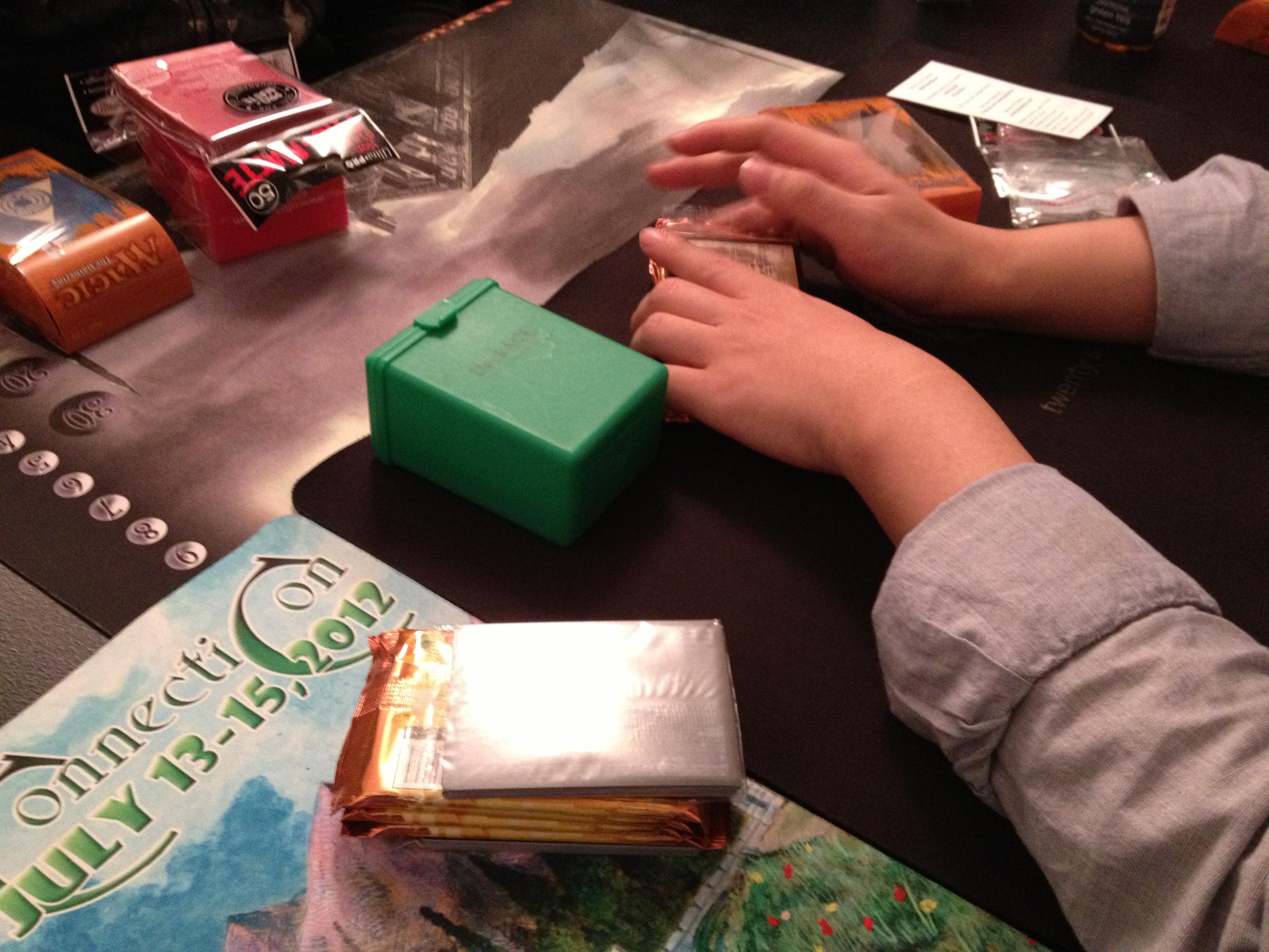 Hands of Li-nding.